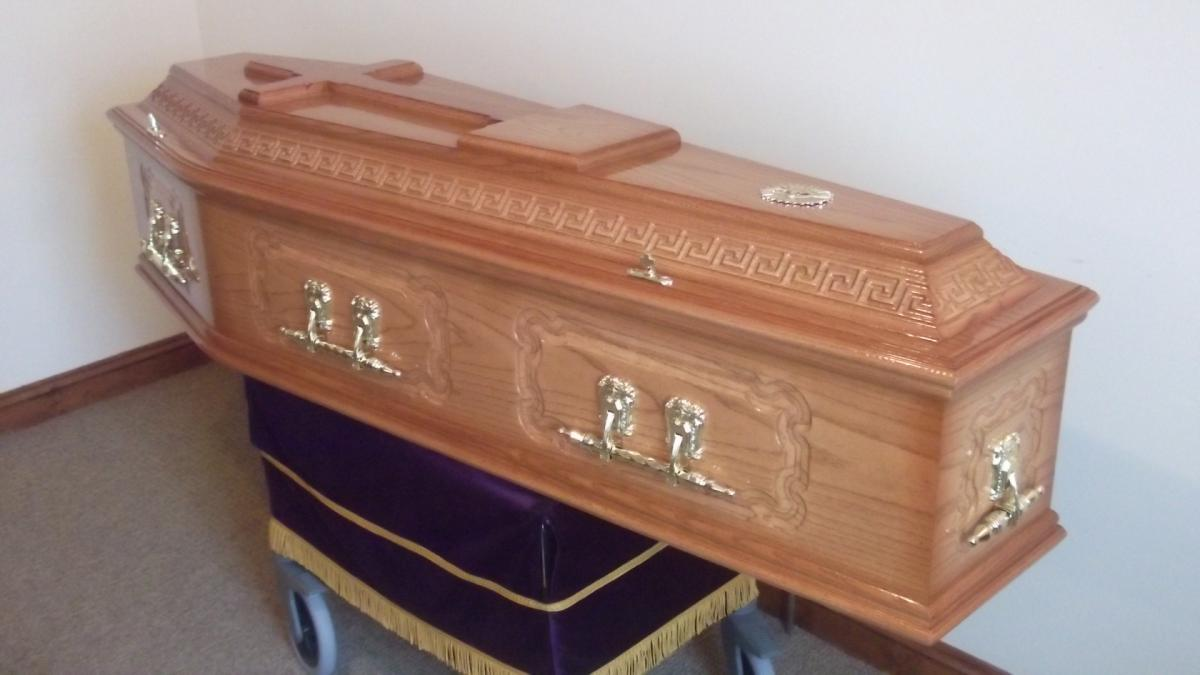 Solid Oak Coffin.JPG